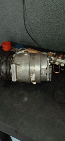 Compressor ar condicionado vectra 98 2.2 8v - Foto 2
