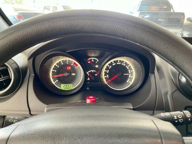 Ford Fiesta 1.6 Class Hatch 2012 - Foto 14