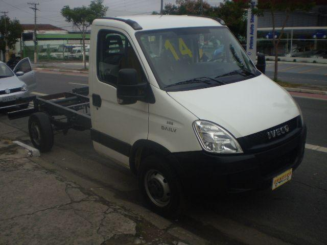 IVECO DAILY 35S14 CHASSI 2014