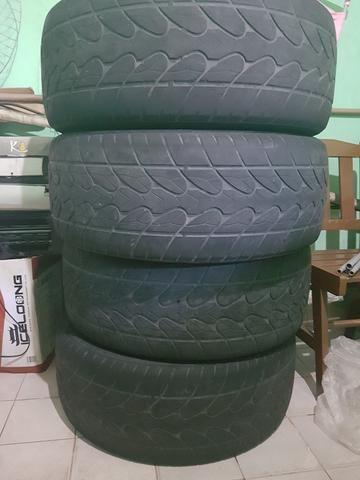 Jogo de pneus R 20/265/50