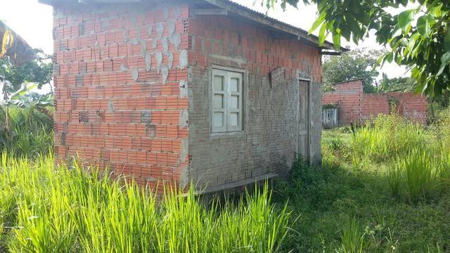 Vendo uma casinha em Rio Branco ou troco por outra em capixaba