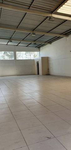 Excelente galpão com 654 m2 AC, excelente ponto comercial e industrial - Foto 8