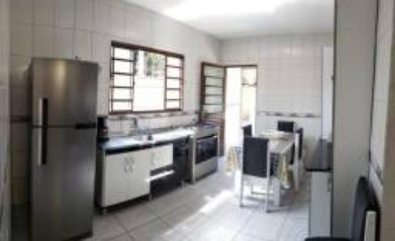 Casa térrea 03 dormitórios no Conjunto São Benedito - Foto 3