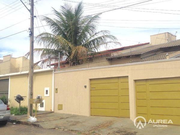 Casa  com 3 quartos - Bairro Setor Três Marias em Goiânia