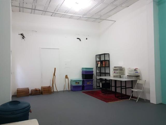 Espaço com pé direito alto para estúdio de dança, pilates, etc. no alto do Rio Vermelho - Foto 6