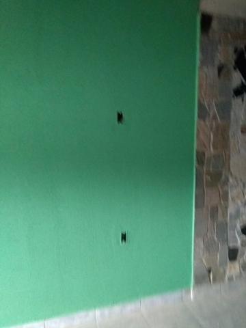 Aluga-se sala comercial ou 1 comado com banheiro - Foto 2