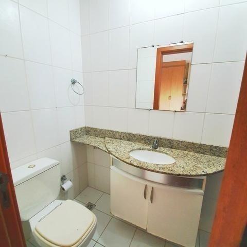 Vende-se Lindo Apartamento no Umarizal em Andar alto com 3 suítes, 2 vagas - Foto 2