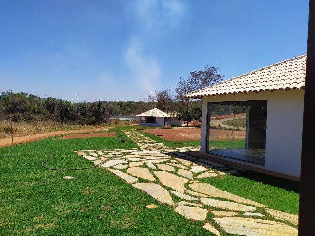Lote Plano em Condomínio Fechado com Rica Área Verde e Área de Lazer Completo - Foto 4