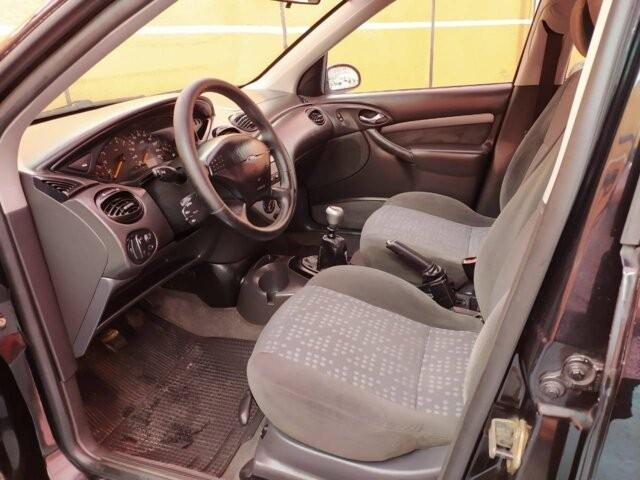 Ford Focus Sedan Ghia 2.0 16V - Foto 8