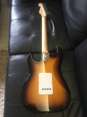 Fender Squier bullet strat - Foto 4