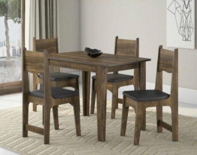 Conjunto Mesa 4 Cadeiras Sonetto