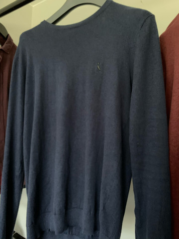 Casaco jaqueta blusa frio suéter RESERVA