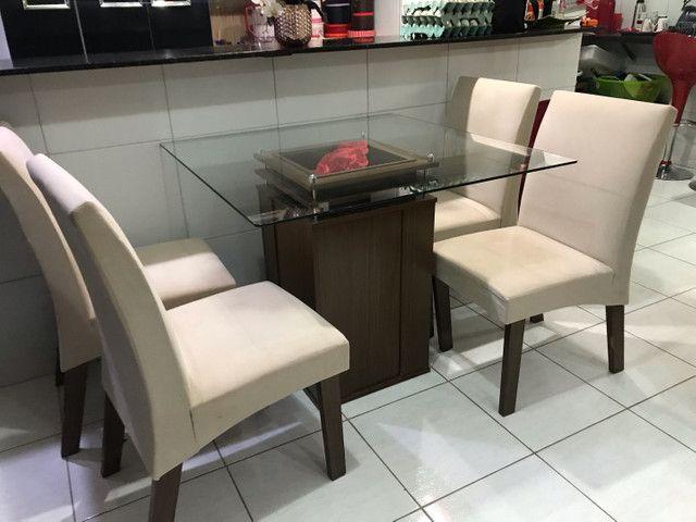 Vende mesa 4 cadeiras