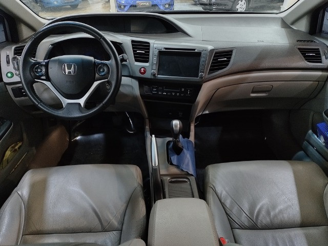 Honda Civic 1.8 LXL 16v Flex 4p Completo C/ Ar Digital - Foto 8