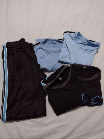 Vendo uniforme  Colégio Arnaldo Jansem