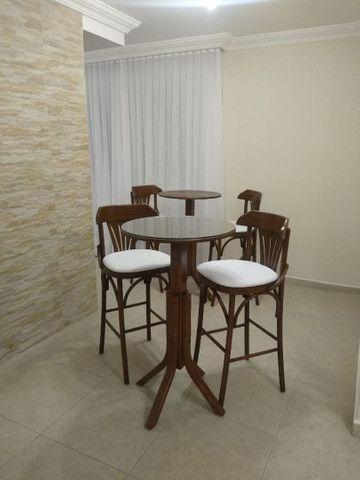 Mesas e cadeiras * BANQUETAS  - Foto 4