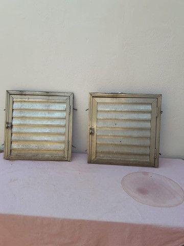 Portas de aluminio tam. 50 x 50 cada $ 120,00 zap. 98687.7951