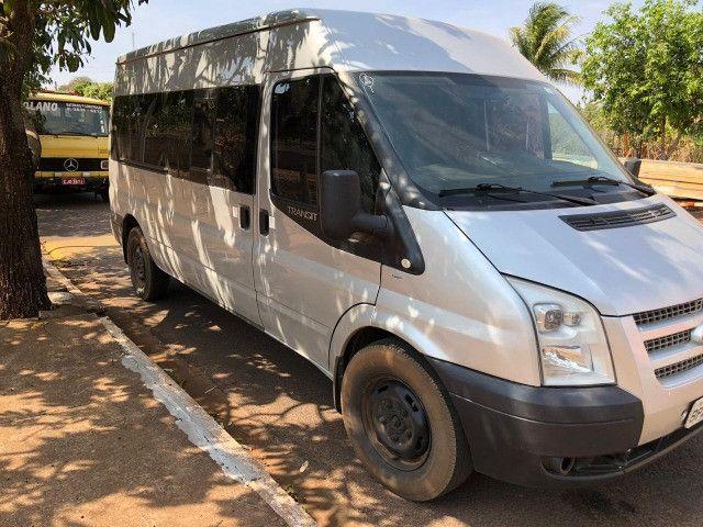 Van Ford Transit 2013 2.2 TDI Diesel 16 lugares - Foto 9
