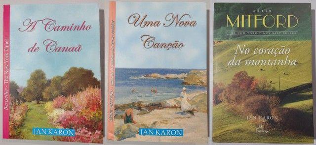 Box Livros Série Mitford de Jan Karon - Foto 2