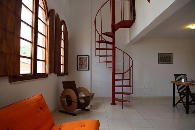 Escadas Caracol e Escadas Retas