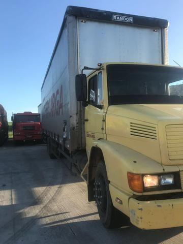 Caminhão MB1214