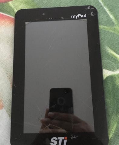 Vendo tablet com a tela trincada