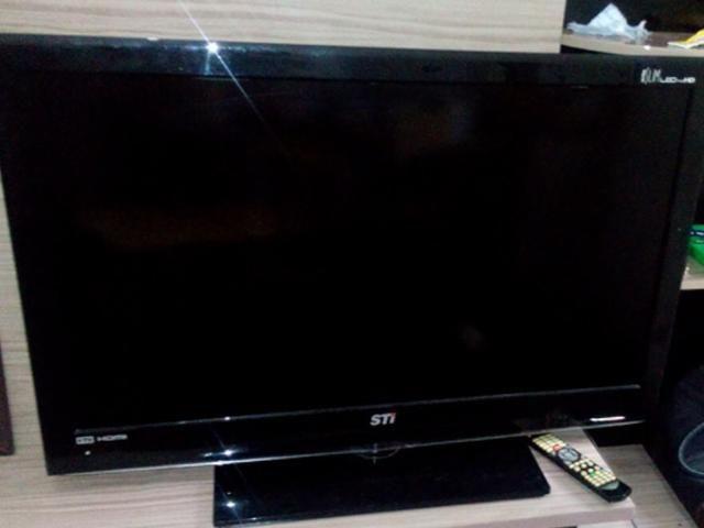 Vendo TV 42 polegadas e antena