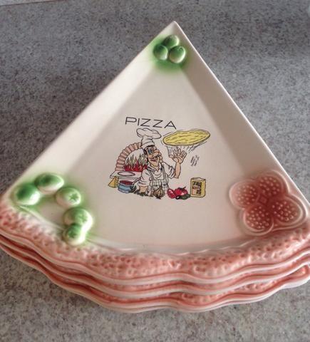 Vendo jogo de pratos de pizza