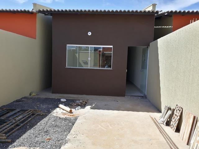 Casa de 3 Quartos com suite pronta para morar a 5 minutos do Shopping Sul! - Foto 2
