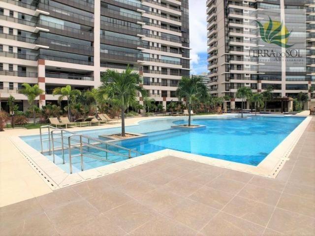 Apartamento em andar alto na torre Soho do Cosmopolitan no Guararapes.