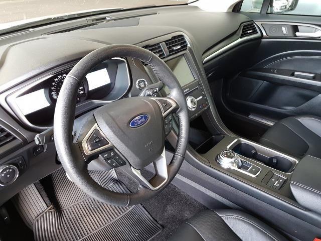 Ford Fusion Titanium 2.0 2017 - Foto 3