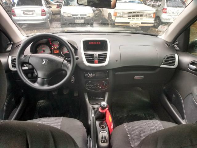 Peugeot 207 XR sport ano 2012 completo - Foto 10