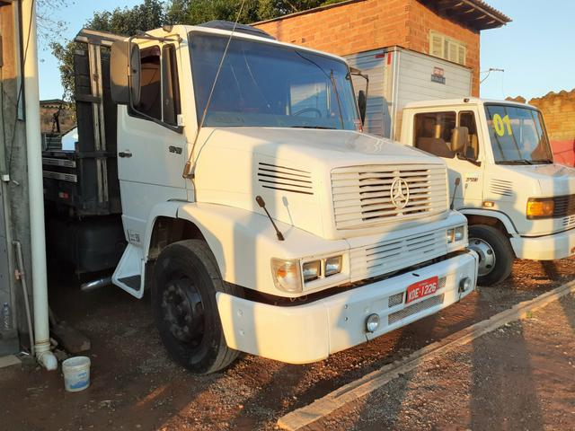 MB 1618 Truck Graneleiro Reduzido
