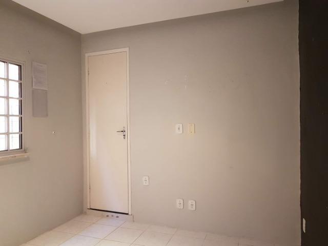 Sala comercial no Rio Vermelho, com banheiro próprio - Foto 7
