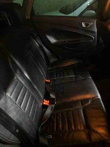 Ford New Fiesta - Foto 8