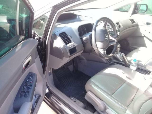 Civic 2011 LXL automatico top de linha baixa km - Foto 3