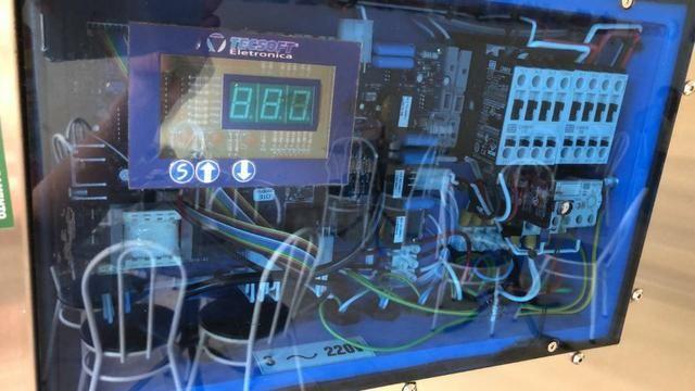 Máquina Tecsoft Produtora de Sorvete Soft Com Um Sabor - Açaí - Modelo Trifásico - 220 V - Foto 6