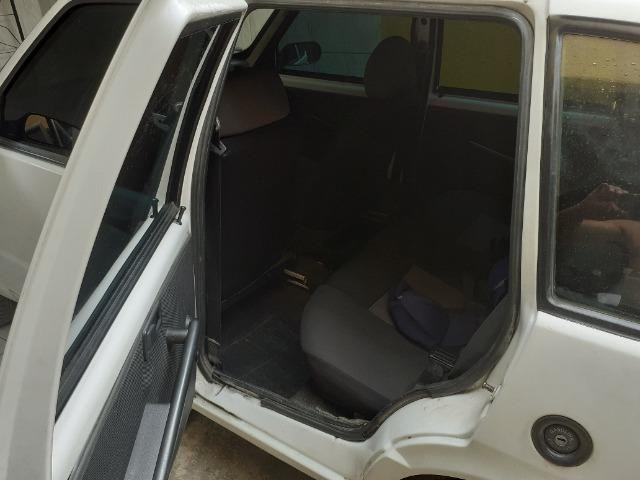 Vendo Fiat uno bem econômico super oportunidade - Foto 3