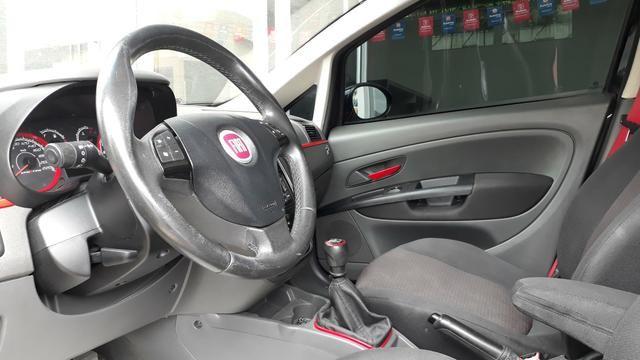 Fiat Punto Sporting 1.8 FLEX 2011 - Foto 8