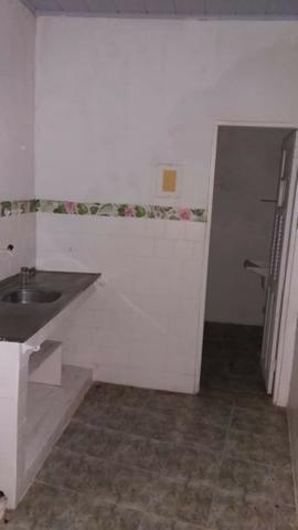Casa com 1 quarto no centro - Foto 3