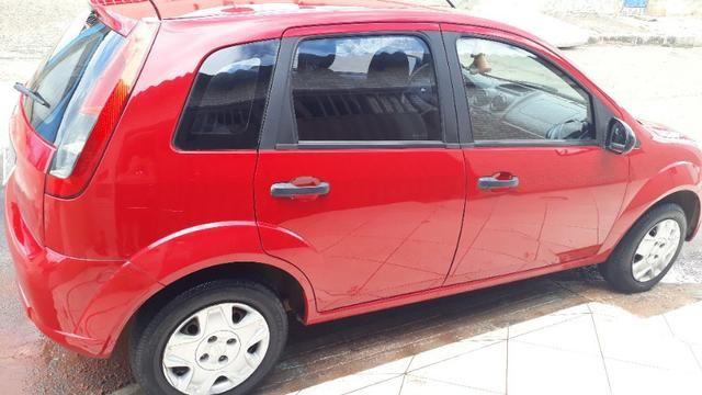 Um carro fiestra - Foto 5