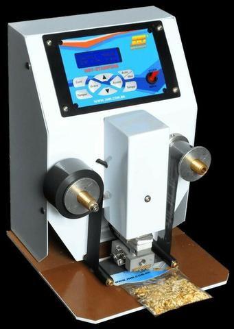 Maquinas pesadora, seladora e datadora p/ castanhas de caju