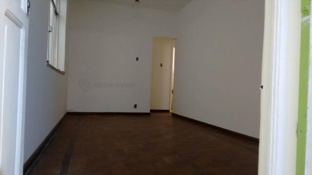 Casa 6 Quartos com 3 Garagens à Venda no Iapi ( 682817 ) - Foto 5