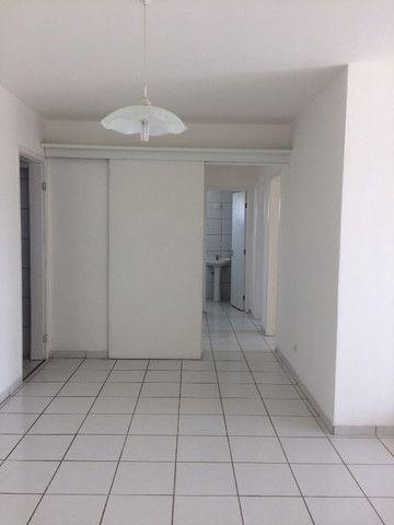 Apartamento na Imbiribeira, com 02 quartos/dependência, no último andar e muito ventilado - Foto 5