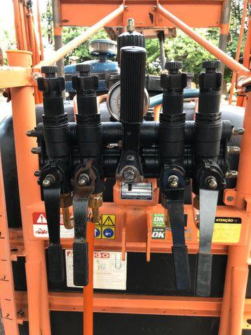 Pulverizador Jacto 600 litros - Foto 3