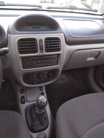 Clio Sedan Privilege 1.6 16V 2004 - Foto 6