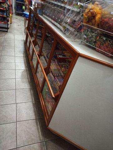 Expositor em Madeira Maciça (Balcão seco) - Foto 3