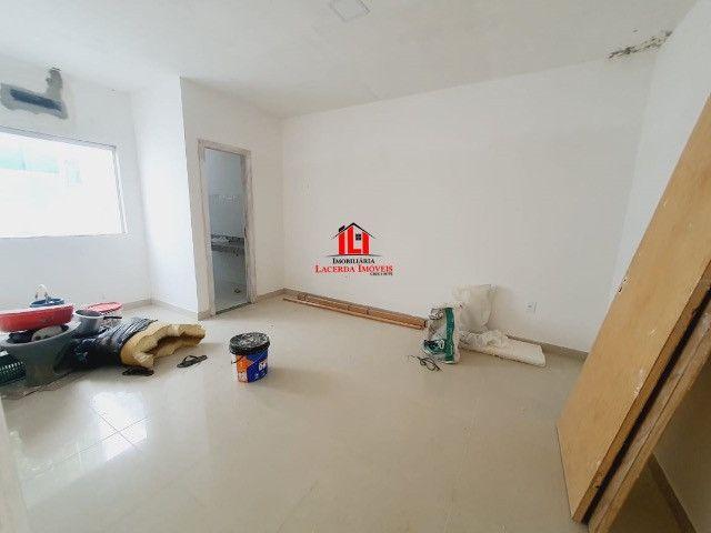 Quinta das Marinas/ Com 3 dormitórios sendo 1 Suíte/ 4 Vagas de garagem. - Foto 9