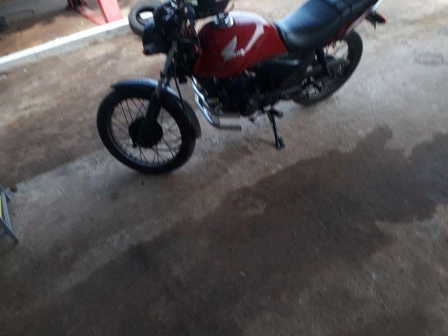 Moto fan 125 roca