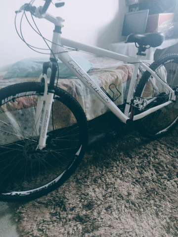 Bike aro 26 freio a disco nas duas rodas